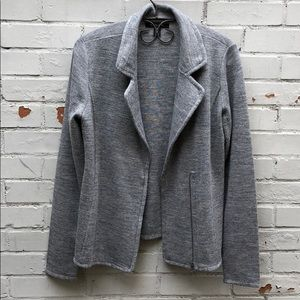 Knit blazer perfect for fall